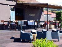 Kleines, aber feines Restaurant am Felsstrand von Faja Grande.