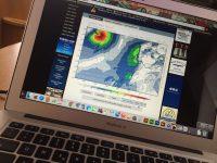 Schlechte Neuigkeiten. Der Seewetterbericht kündigt einen Hurricane an, der die Azoren erwischen könnte-