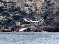 Ilha Selvagem. Hier gibt´s nichts als Steine - und eine Wachstation für Naturschützer und Polizei.