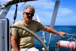 Der Capitano ist traurig. Wir verlassen eine wunderschöne Ankerbucht bei La Graciosa.