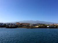 Nicht schlecht. Der Ausblick vom Welcome-Pontoon in der Marina San Miguel, Tenerife.