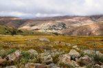 Blick zurück nach Betancuria. Wanderung durch das Bergland, Fuerteventura.