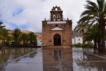 Das Kirchlein in Vega de Rio Palmas, Fuerteventura. Im April gibt es ab und zu ein paar Regenschauer....