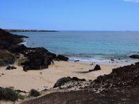 Die Strände von La Graciosa. Im Nordosten der Insel, Pedro Barba liegt voraus.