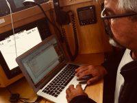 Jochen an Rechner - er will per Funk den Wetterbericht abholen.