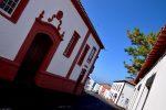 Am hafenseitigen Orteingang. Vila do Porto