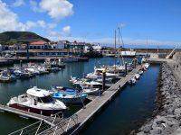 Der Hafen von Praia, Graciosa.