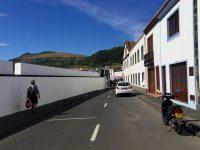 In den Straßen von Praia, Graciosa.