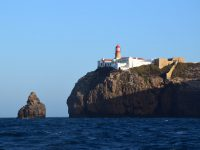 Cabo, Cabo. Die südwestlichste Spitze Portugals ist gleich gerundet.