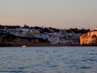 Die Algarveküste. Vor Portimao.