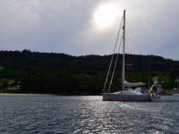 TinLizzy am Anker in der Bucht von Aldan.