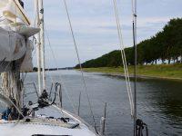 Kanalfahrt nach Veere. Bei Middelburg.