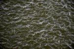 Regenschauer im Achterwasser.